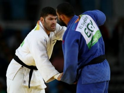 Or Sasson of Israel (white) competes against Islam El Shehaby of Egypt in the Men's +100 kg Elimination Round of 32 on Day 7 of the Rio 2016 Olympic Games at Carioca Arena 2 on August 12, 2016 in Rio de Janeiro, Brazil. (Photo by Elsa/Getty Images)