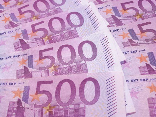 Euros (Peter Linke / Flickr / CC / Cropped)