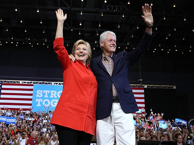 Hillary-Bill-Clinton-Pittsburgh-PA-Getty