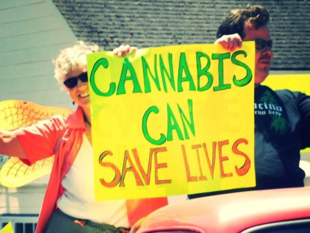 Marijuana poster (CasparGirl / Flickr / CC / Cropped)
