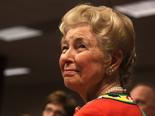 Phyllis-Schlafly-Des-Moines-Flickr