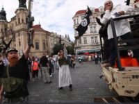 Tourists Alarmed as Armed, Camel-Riding 'Jihadis' Take Over Prague