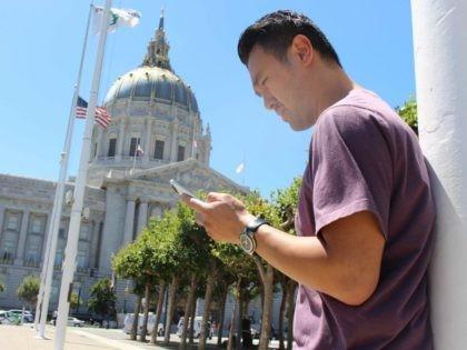 San Francisco Pokemon Go (Glenn Chapman / AFP / Getty)