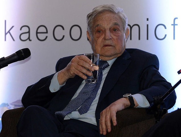 Hungarian-born US magnate and philanthropist George Soros attends an economic forum in Colombo on January 7, 2016. Sri Lankas new government is trying to woo investors after a year in office. AFP PHOTO / LAKRUWAN WANNIARACHCHI / AFP / LAKRUWAN WANNIARACHCHI (Photo credit should read LAKRUWAN WANNIARACHCHI/AFP/Getty Images)