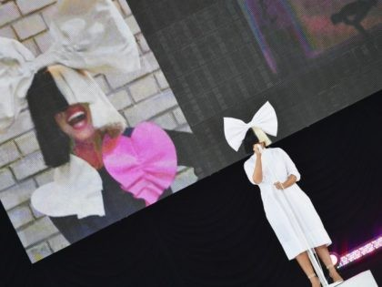 NEW YORK, NY - JULY 22: Singer/songwriter Sia performs on ABC's 'Good Morning America' at SummerStage at Rumsey Playfield, Central Park on July 22, 2016 in New York City. (Photo by Mike Coppola/Getty Images)