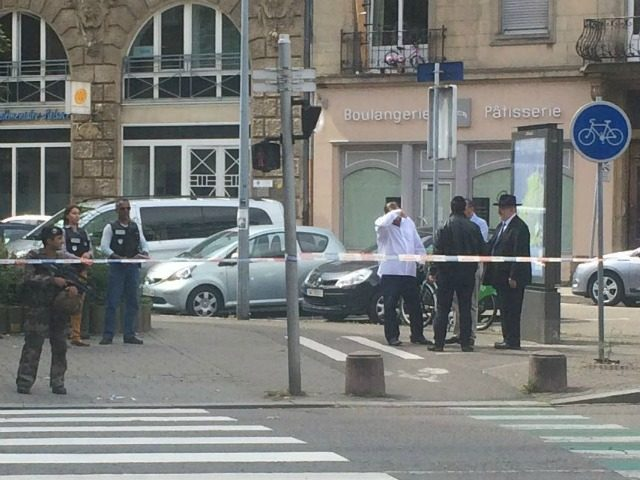 Orthodox Jew Stabbed in French City by Man with 'Psychiatric History'