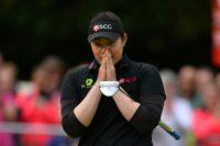 Thailand's Ariya Jutanugarn celebrates winning the 2016 Women's British Open Golf Championships at Woburn Golf Club, on July 31, 2016