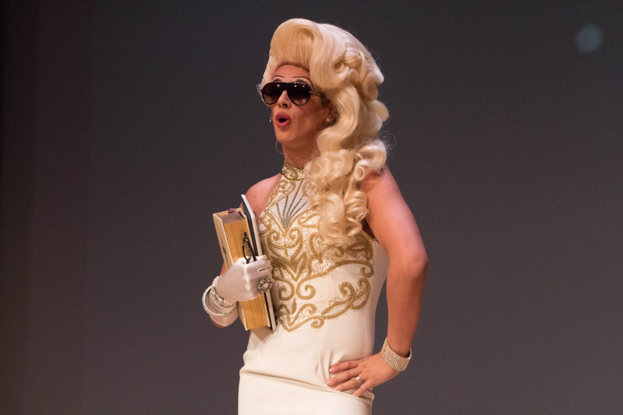 Midterms >> FULL PICTURES: Milo As Drag Queen 'Ivana Wall' | Breitbart