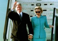 US President Bill Clinton and his wife Hillary at their arrival in Geneva for the ceremony of the 50th. anniversary of the GATT agreement, held in the Palais des Nations on Monday, 18 th of May 1998. (AP PHOTO/MARTIAL TREZZINI)