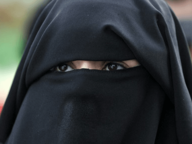 ISIS Wives Divorcing Jihadis in Droves | Breitbart