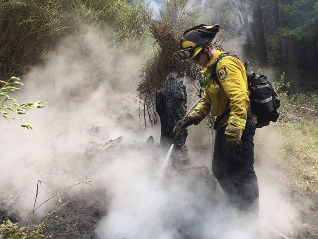 Big Sur fire (Terry Chea / Associated Press)