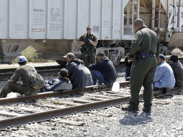 Border Patrol Agents in Eagle Pass