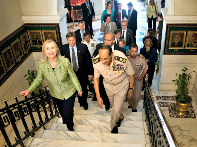 Clinton and Morsi  BRENDAN SMIALOWSKI,AP