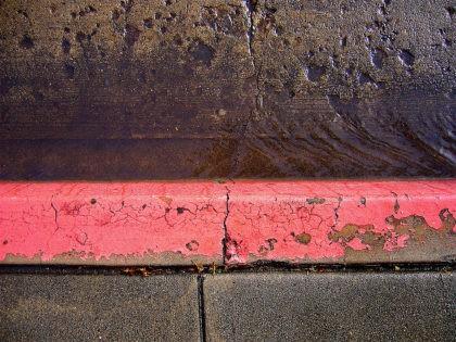 Curb (Brandon Fick / Flickr / CC)