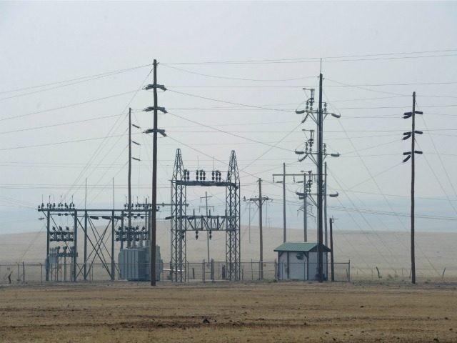 Power lines June 9, 2011 in Springerville, Arizona.