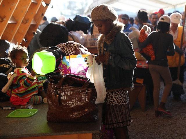Resultado de imagen de Thousands haití migrants Latin America