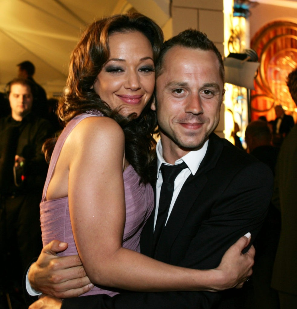 HOLLYWOOD - AUGUST 5:  Actress Leah Remini (L) and actor Giovanni Ribisi pose at the Church of Scientology Celebrity Centre 37th Anniversary Gala on August 5, 2006 in Hollywood, California.  (Photo by Frazer Harrison/Getty Images for COS)