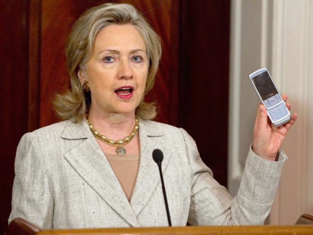 Hillary Clinton phone (Saul Loeb / AFP / Getty)