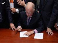 Jerry Brown Signs Law Allowing 'Nonbinary' Gender on State ID Documents