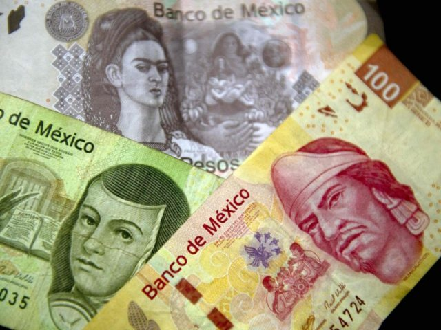 Mexican Pesos (Yuri Cortez / AFP / Getty)