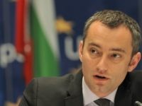 Bulgarian Foreign Affairs Minister Nickolay Mladenov addresses journalists during a press conference in Sarajevo on May 12, 2010. Minister Mladenov arrived for a one-day official visit to Bosnia and Herzegovina where he is scheduled to hold several meetings with the country's top officials. AFP PHOTO / ELVIS BARUKCIC (Photo credit …