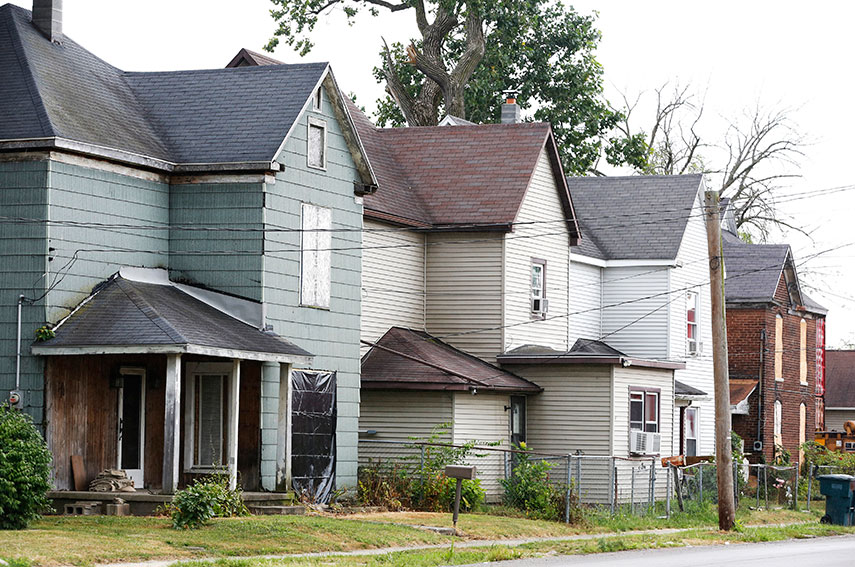 Boarded up homes in Muncie, Indiana. (Chris Bergin/Reuters)