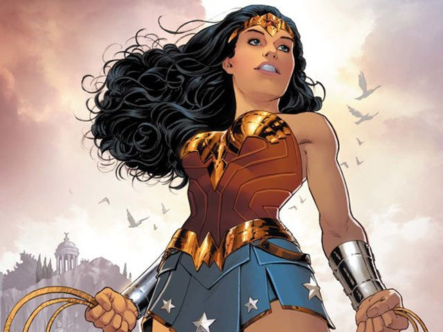 DC Comics Author Says Wonder Woman is Queer