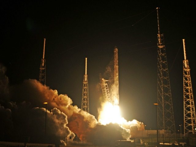 Space X's Falcon 9 rocket launches on January 10, 2015 as it heads to space from pad 40 at Cape Canaveral, Florida, carrying the Dragon CRS5 spacecraft on a resupply mision to the International Space Station (ISS). The Dragon cargo vessel should arrive at the space station at 6:12 am …
