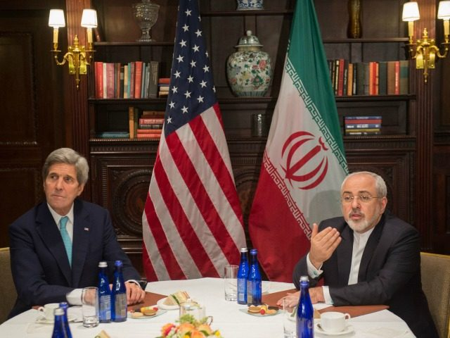 US Secretary of State John Kerry meets with Iran's Foreign Minister Mohammad Javad Zarif on April 22, 2016 in New York. / AFP / Bryan R. Smith (Photo credit should read BRYAN R. SMITH/AFP/Getty Images)