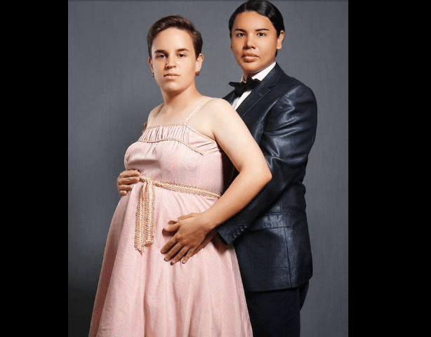 Girl gives birth to own prom date in Sydney