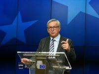 EU Commission President Jean-Claude Juncker gives a press conference at the EU headquarters in Brussels on June 29, 2016