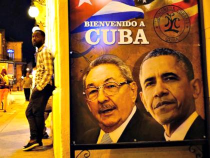 AP_barack_obama_raul_castro_poster_jt_160318_31x13_1600