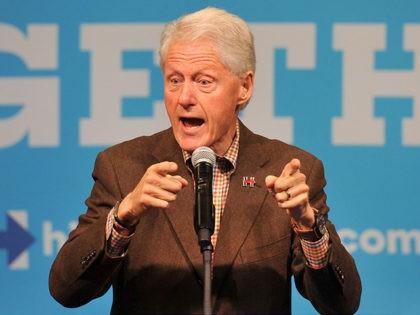Bill-Clinton-Indianola-Iowa-Oct-12-2016-Getty
