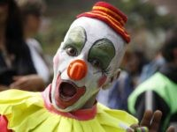 Clown (Fernando Vergara / Associated Press)