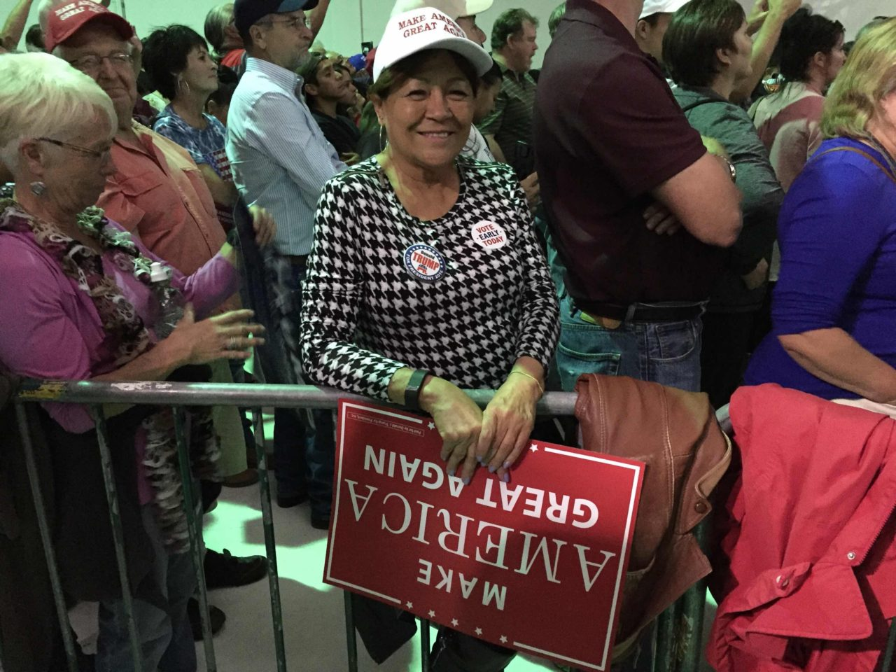 Dello at Trump in NM (Joel Pollak : Breitabrt News)