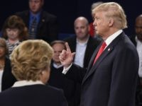 Donald Trump debate finger (Saul Loeb / AFP / Getty)