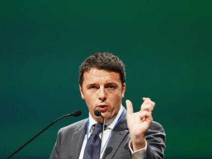 Italy in Limbo as Renzi Resignation Delayed