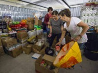 French Border Police Ban 250-Vehicle Aid Convoy To Calais