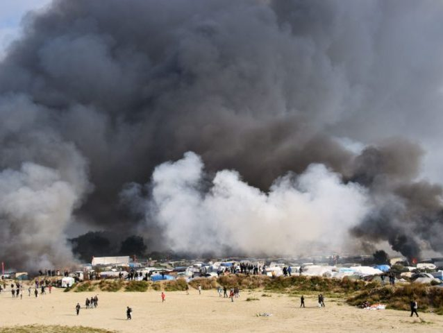 FRANCE-EUROPE-BRITAIN-MIGRANTS-DEMOLITION-CALAIS