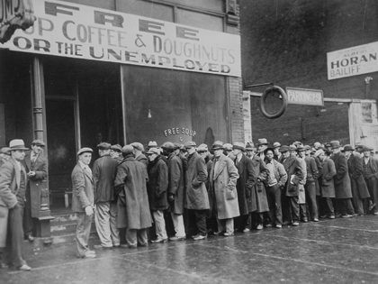 Great-Depression-Bread-Line-Unemployment-Wikimedia