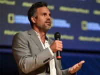 Mark Ruffalo Rips 'Immoral' Hypocrite Obama at Climate Change Rally