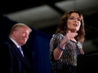 Sarah-Palin-Donald-Trump-Jan-19-2016-Iowa-AP