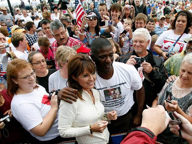 Sarah-Palin-Iowa-Tea-Party-Rally-AP