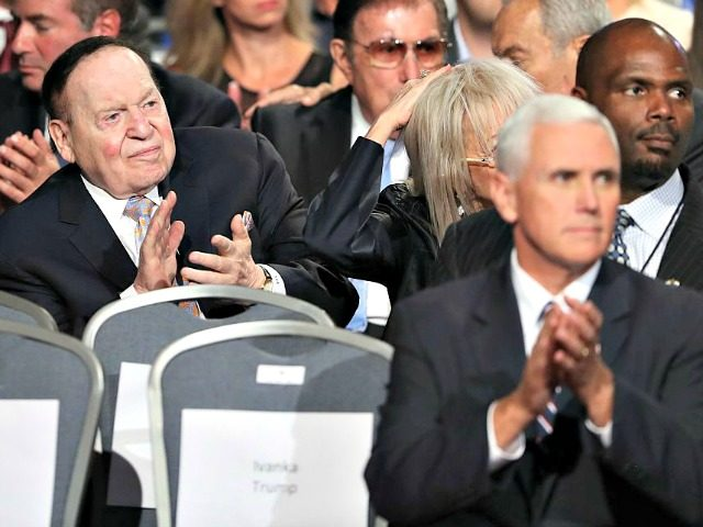 Sheldon Adelson, Mike Pence AFP