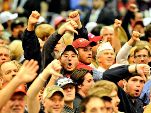 Trump-Supporters-Thumbs-Down-AP-640x480.