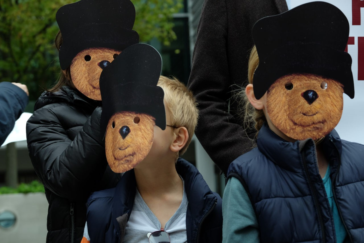 Children wear Paddington Bear masks (Rachel Megawhat/Breitbart London)
