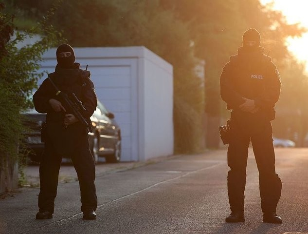 Germany: Officials Doubt Islamic State's Claim Of Responsibility For Knife Attack