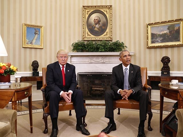 Trump looks like a real man while Idiot Obama spaces out in his usual beta weak idiot-man way