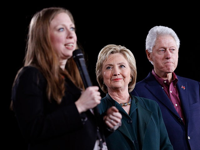 Chelsea-Clinton-Hillary-Clinton-Bill-Clinton-AP