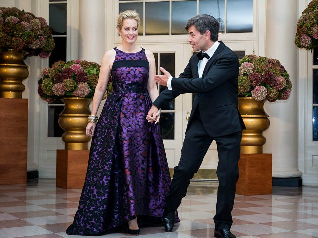 ABC News Chief Anchor and the Chief Political Correspondent George Stephanopoulos and Alexandra Wentworth arrive for a State Dinner in honor of Italian Prime Minister Matteo Renzi and his wife Agnese Landini at the White House October 18, 2016 in Washington, D.C. / AFP / ZACH GIBSON (Photo credit should read ZACH GIBSON/AFP/Getty Images)